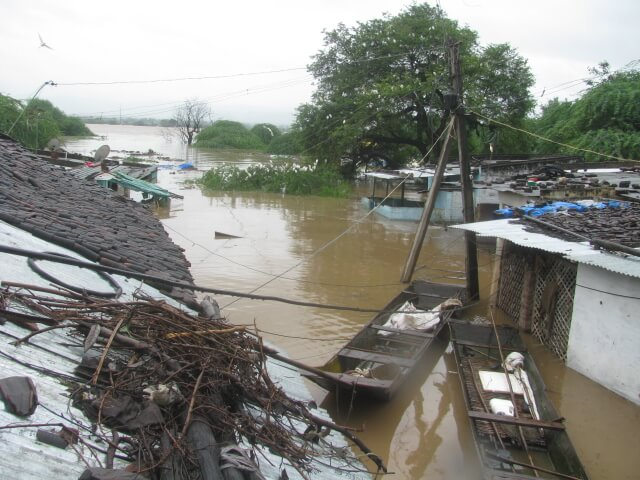Illegal submergence of thousands of acres of land and hundreds of houses in Narmada Valley