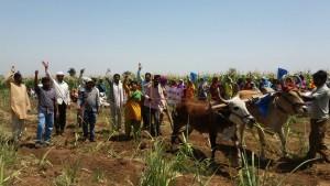 Atya Padvi gets Land Possession in Nandurbar