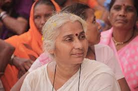 "It's mischievous, Gujarat govt ""closed down"" Narmada dam gates disregarding plight of 20,000 outees: Medha Patkar"